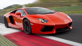 Hàng nghìn siêu xe Lamborghini Aventador bị triệu hồi vì dễ bốc cháy