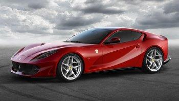 Ferrari 812 Superfast 2017 sẽ có giá 550.000 USD