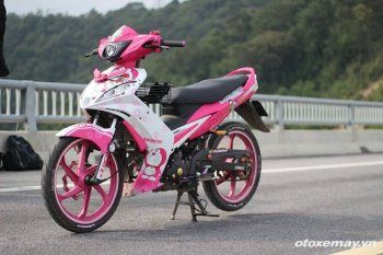 """Bản độ Yamaha Exciter đầy """"nữ tính"""" của biker Quảng Ninh"""
