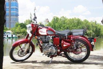 Royal Enfield Classic 500 – môtô quý tộc hàng độc tại Việt Nam