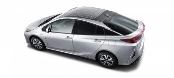 Parasonic phát triển mái hấp thụ năng lượng mặt trời cho Prius