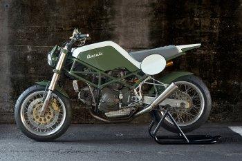 Ducati M900 lột xác Monster Tracker độc đáo