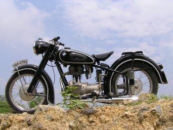 BMW R25 – chiếc môtô khơi niềm đam mê hơn 60 năm