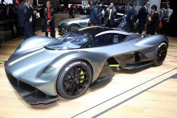 """Aston Martin tung siêu xe triệu đô khiến đối thủ """"dè chừng"""""""