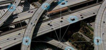 Intel chi 15 tỷ USD mua lại công ty nghiên cứu công nghệ tự lái Mobileye