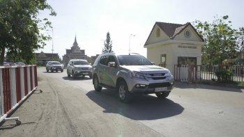 Những hình ảnh đầu tiên về hành trình thi lái xe tiết kiệm nhiên liệu của Isuzu từ TP.HCM đến Campuchia