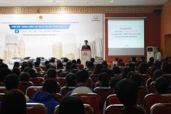 Honda tổ chức đào tạo kỹ năng lái xe cho sinh viên Việt Nam