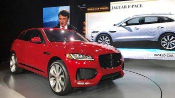 """Jaguar F-Pace lần đầu giành giải """"Xe của năm 2017"""""""