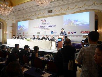 Triển lãm Xe máy Việt Nam 2017 sẽ có 100 xe trình diễn