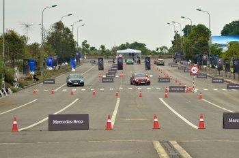 Thử cảm giác Fast & Furious khi kích hoạt Race Start trên xe Mercedes-AMG