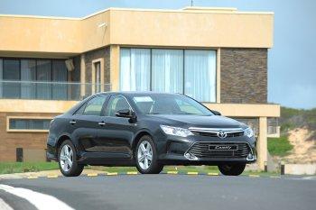 Mua xe Toyota trúng thưởng Camry 2.5G
