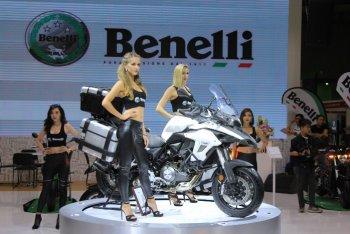 VMCS 2017: Benelli TRK 502 giá 136 triệu rẻ kinh hoàng