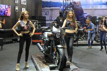 """VMCS 2017: Lạ mắt mẫu """"nakedbike"""" đầu tiên của Harley tại Việt Nam"""