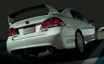 Honda Civic Type R cũng bị cuốn vào cơn bão túi khí
