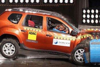 """Renault Duster """"thất bại thảm hại"""" về độ an toàn"""