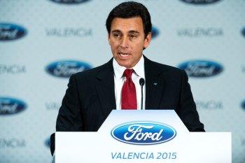 """Ford """"trảm tướng"""" để bắt kịp cuộc đua công nghệ"""