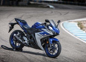 Yamaha R3 giảm giá sốc đón lõng Honda CBR