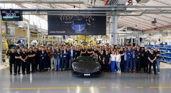 """8.000 """"siêu bò"""" Lamborghini Huracan """"xuất chuồng"""" sau 3 năm"""