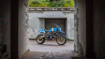 Thợ xăm nổi tiếng GRIME độ xe cho dự án Ducati Scrambler Maverick