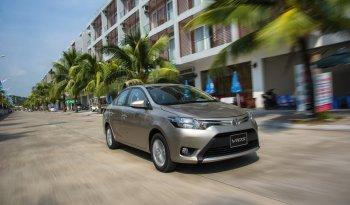 Xe Toyota lại vượt lên đầu nhóm bán xe Việt