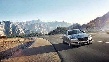 Jaguar XF giảm giá sốc 200 triệu đồng trong tháng 6