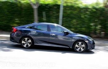 Honda Civic Turbo làm liều hay cách mạng