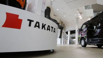 Takata trên bờ vực phá sản sau bê bối túi khí