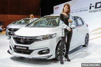 """Vừa công bố giá, Honda Jazz 2017 đã """"gây sốt"""""""