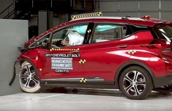 Xe điện Chevrolet Bolt 2017 đạt chuẩn an toàn của Mỹ
