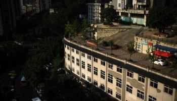 Độc đáo đường giao thông trên nóc nhà 5 tầng