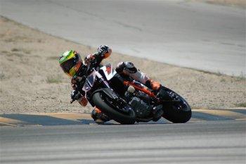 KTM Super Duke 1290 R phá vỡ kỉ lục đường đua Pikes Peak