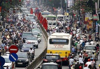 Tiêu thụ xe máy tại thị trường Việt tiếp tục tăng