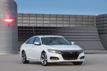 Honda Accord 2018 ra mắt có gì mới