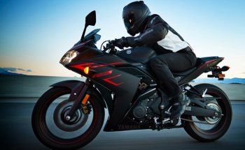 """Yamaha triệu hồi YFZ-R3 2017 vì lý do """"ngớ ngẩn"""""""