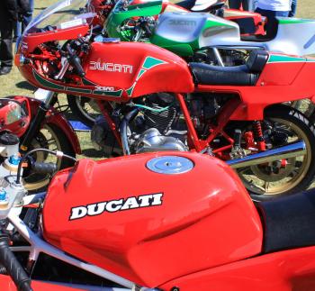Người Ý quyết định trả giá để giành lại Ducati