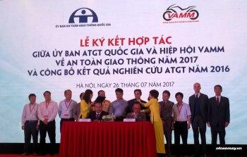 Hiệp hội xe máy Việt tiếp tục hỗ trợ an toàn giao thông 2017