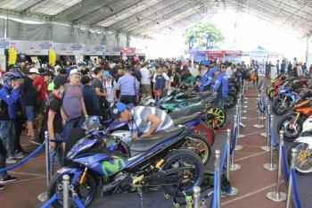 Hàng ngàn xe Exciter độ khủng tụ họp tại Sài Gòn