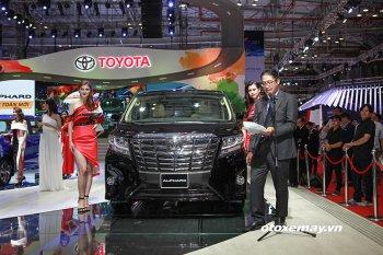 VMS 2017: Toyota Alphard ấn định đẳng cấp xe MPV thương gia với giá 3,5 tỷ đồng