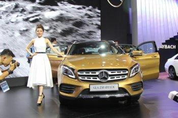 VMS 2017: Mercedes-Benz ra mắt GLA nhập khẩu đời mới