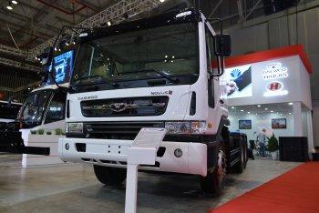 Xe tải Daewoo cũng hút khách ở Triển lãm Ôtô Việt Nam 2017