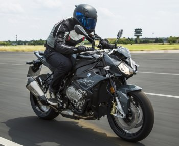 BMW Motorrad S 1000 R và R 1200 GS Adventure 2017 chính thức chào thị trường Châu Á