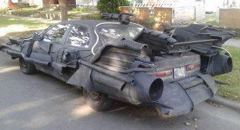 Toyota Camry hóa thân thành Batmobile hầm hố