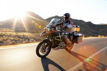 Nhiều mẫu BMW Motorrad R1200GS bị triệu hồi tại Việt Nam