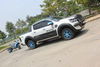"""Ford Ranger độ phong cách cắm trại """"mát mắt"""" tại Sài Gòn"""