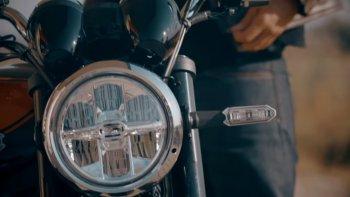 """Kawasaki """"nhá hàng"""" môtô hoài cổ Z900RS"""