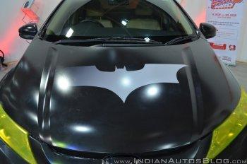 Sedan Honda City độ phong cách Batman