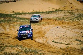 Chevrolet Colorado đăng quang Vua bán tải sa mạc