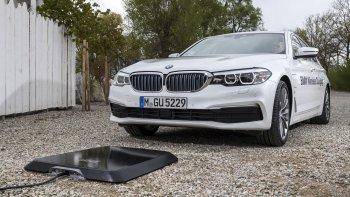BMW sắp có sạc không dây cho xe hơi