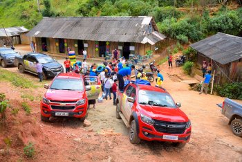 General Motors Việt Nam hỗ trợ 02 điểm trường ảnh hưởng lũ lụt tại Yên Bái