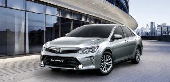 Phiên bản nâng cấp Toyota Camry 2017 ra mắt với giá từ 997 triệu đồng
